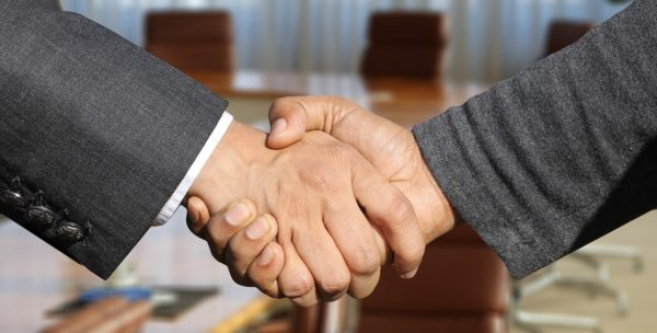 かたい握手 | 毎日ことば